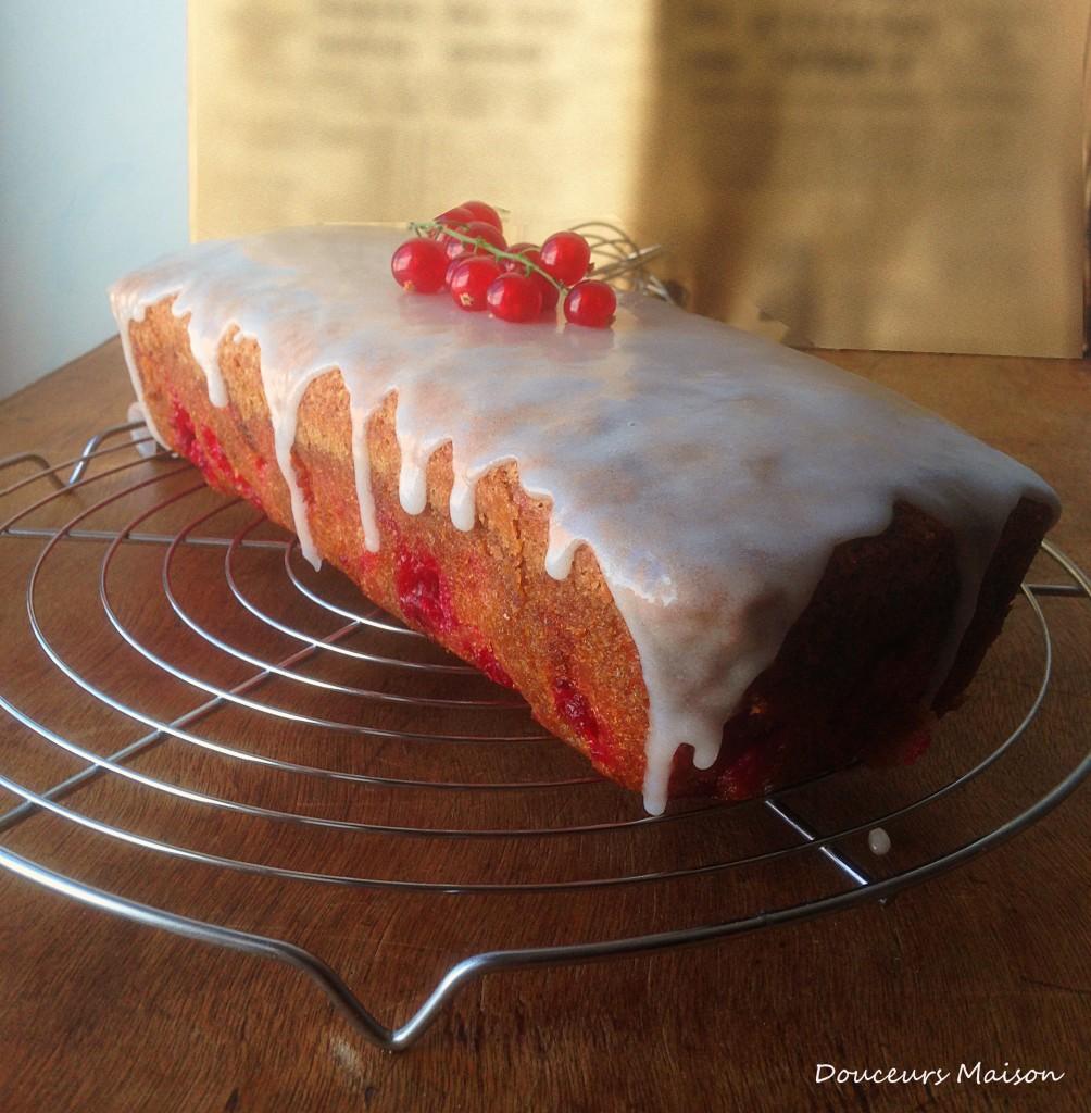 cake groseille sur grille