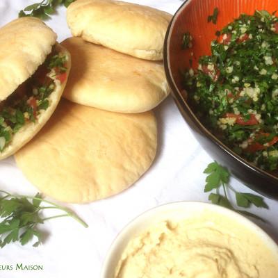 Khebez Manfoukh et Mezze Houmous Taboulé